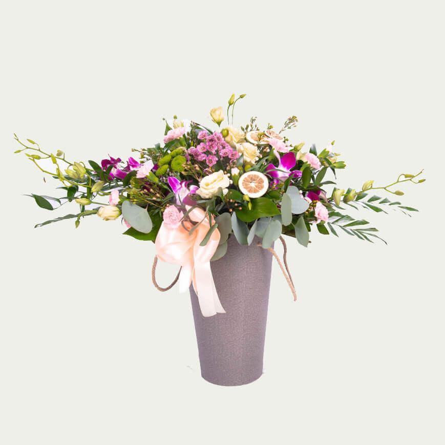 """Композиція з квітів """"Цитрусовий акцент"""""""