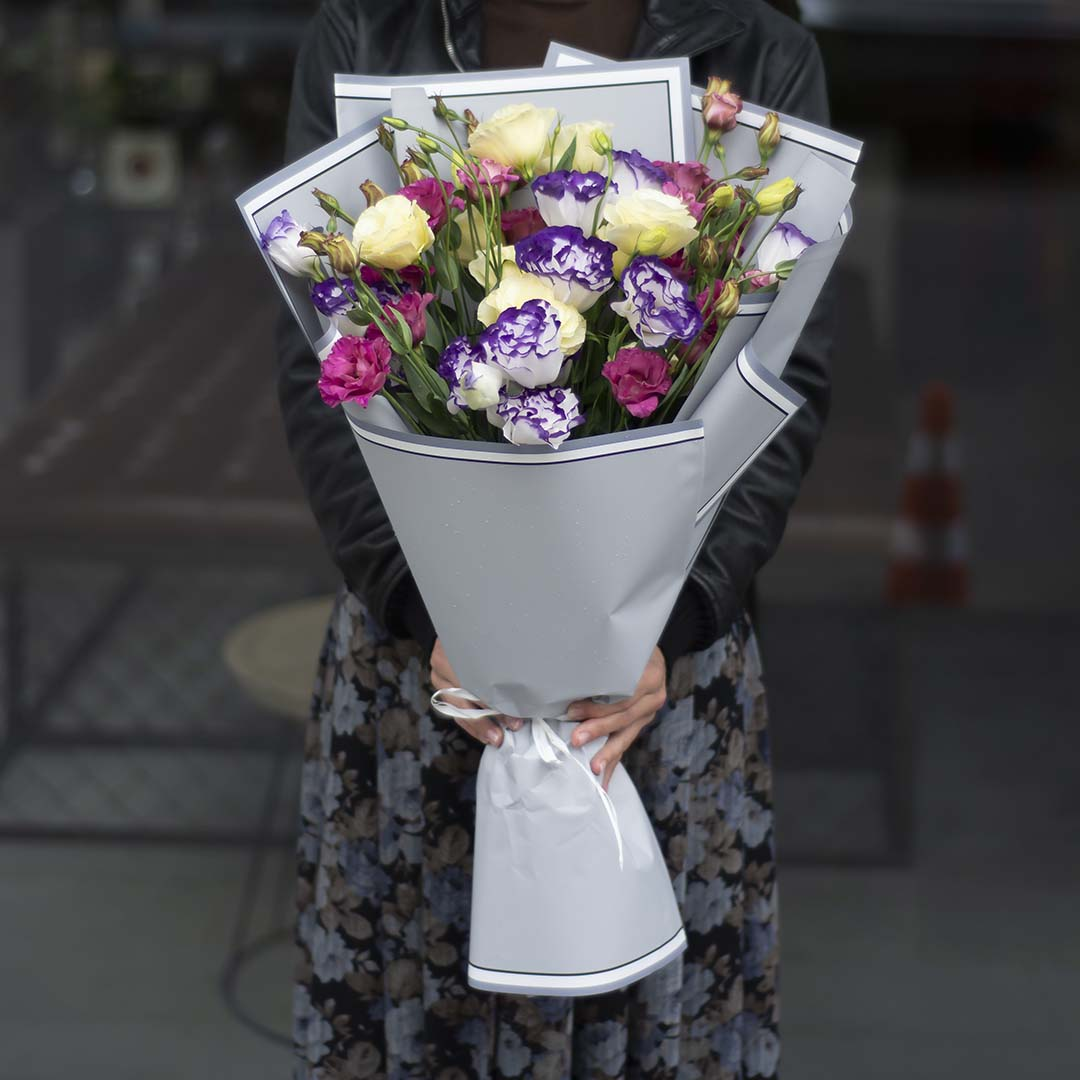 """Bouquet of 11 branches of eustoma: """"Flower Ballet"""""""